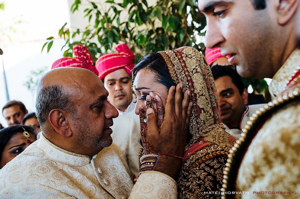 The Viday Ceremony- the bride bids farewell to her father during a very emotional ceremony